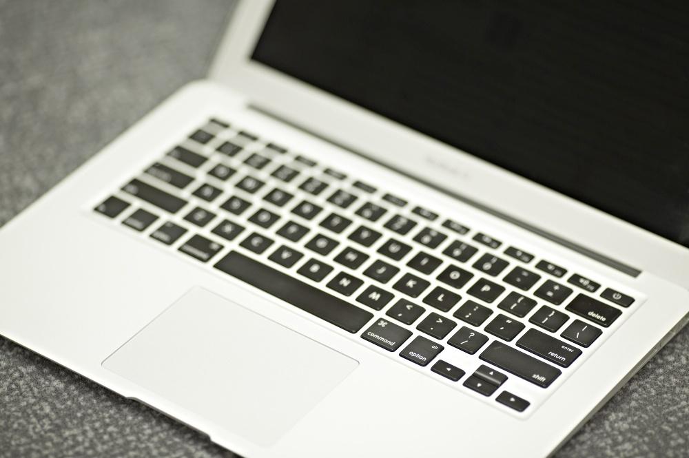 Laptop_Work-10-380708-edited.jpg